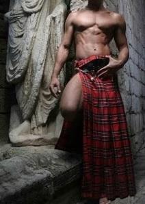 Sexy man in Kilt2